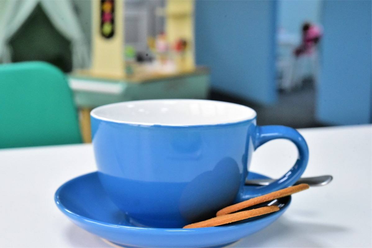 Cafe area serving hot and cold food and drinks near Retford